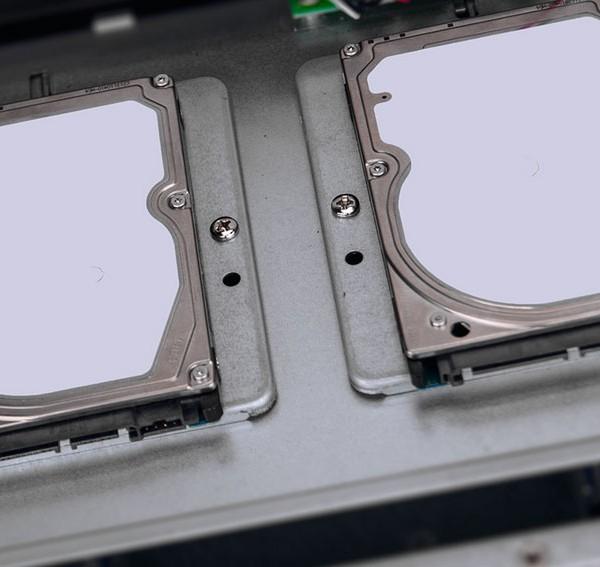 2 2.5″ внутренних жестких диска