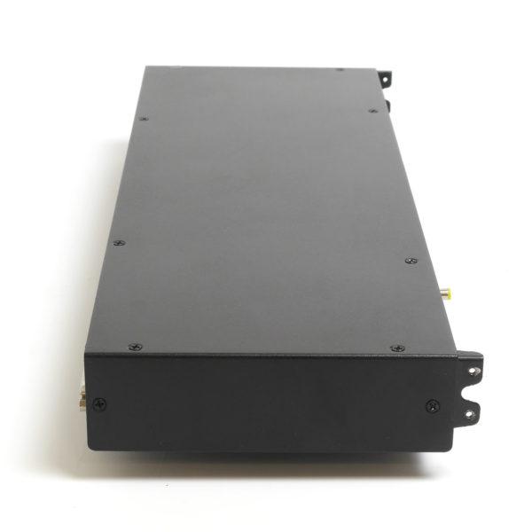Модуль для КВМ консоли в серверную стойку вид сбоку
