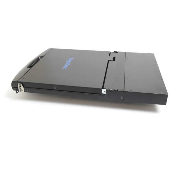 8-портовый КВМ переключатель с ЖК-дисплеем в собранном виде